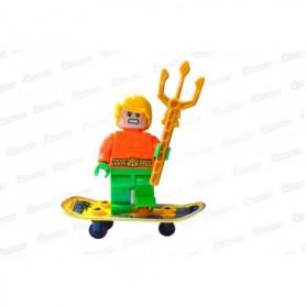 Muñeco Lego Acua Man En Patineta